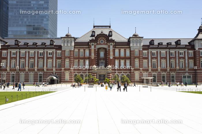 行幸通りから見た東京駅の販売画像