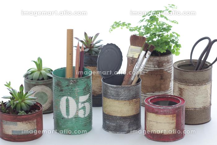 色々な使い方のできるDIYで作るリメイク缶の販売画像