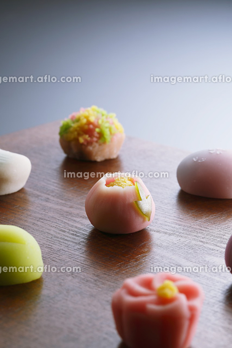 和菓子の販売画像
