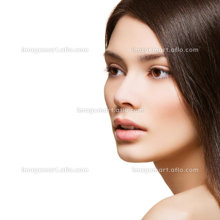 Beautiful girl with natural makeupの販売画像