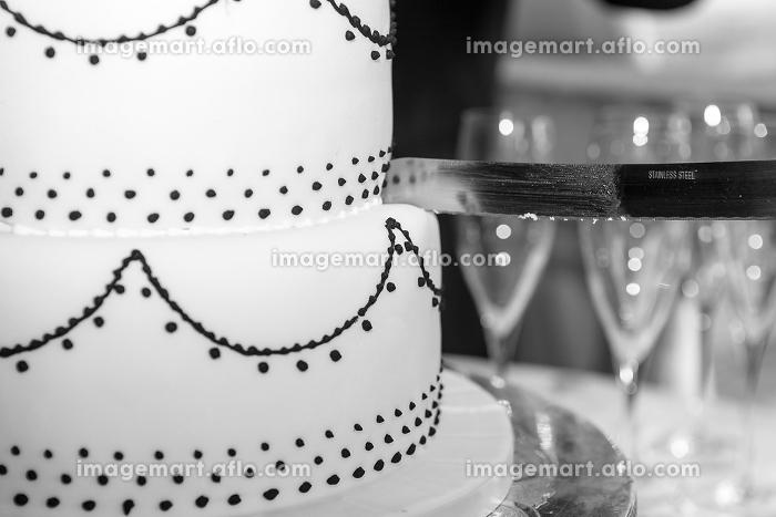 Wedding Cake and Knifeの販売画像