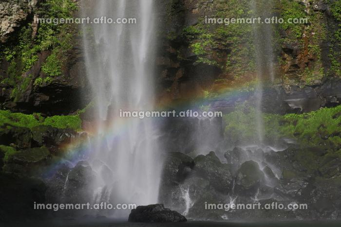 福貴野の滝にかかる虹の販売画像