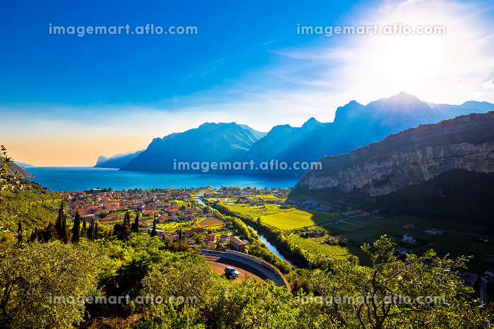 Torbole and Lago di Garda viewの販売画像
