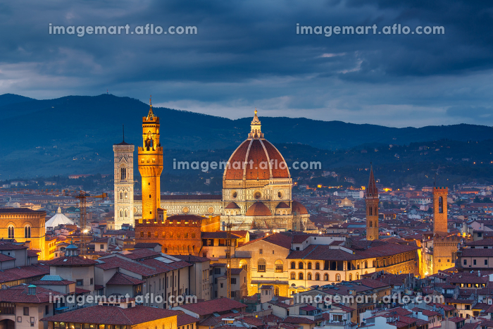 Duomo cathedral in Florenceの販売画像