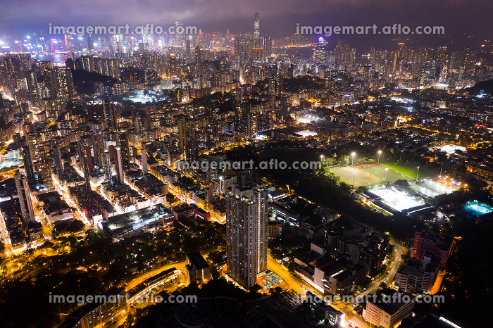 Aerial view of Hong Kong residential downtown at nightの販売画像