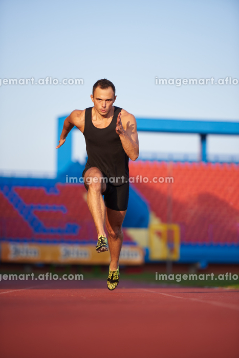 Athletic man startの販売画像