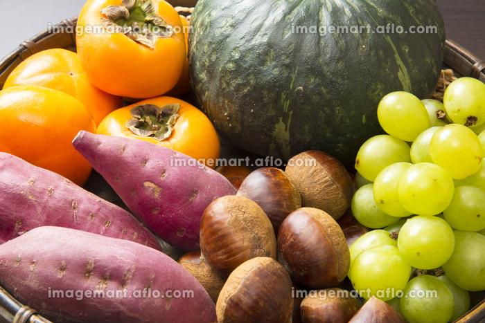 秋の食材の販売画像