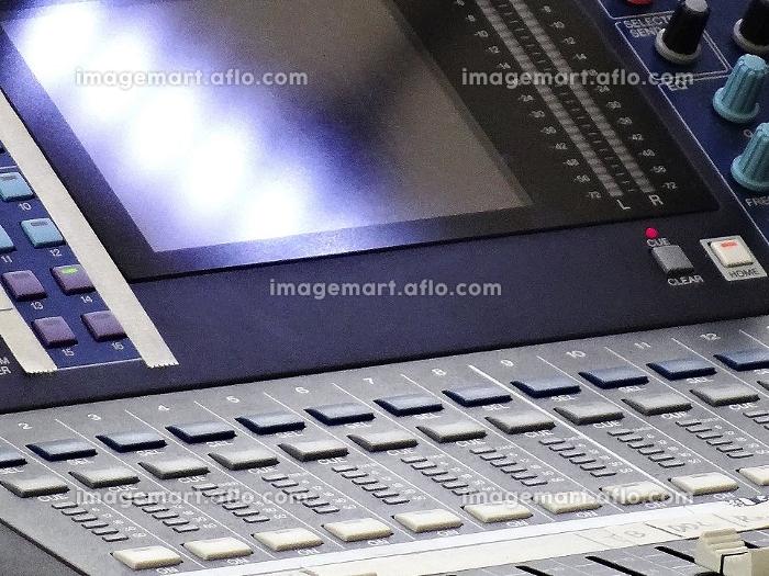 野外ライブコンサートのミキシング装置の販売画像