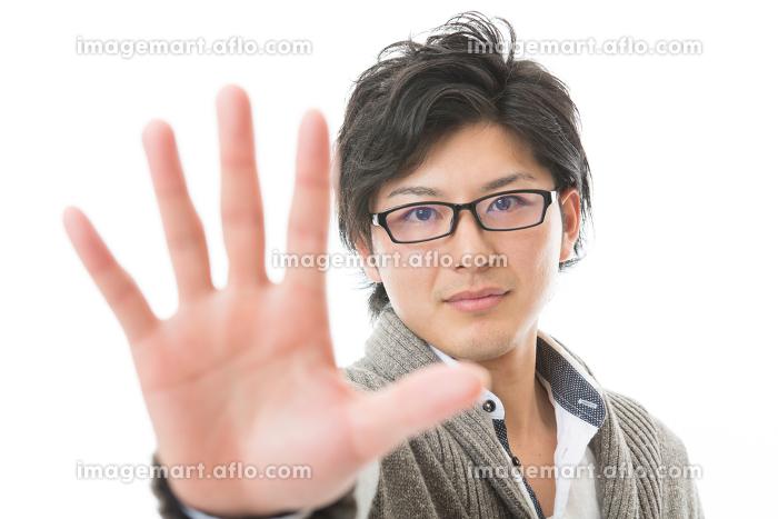 若い男性 拒否の販売画像