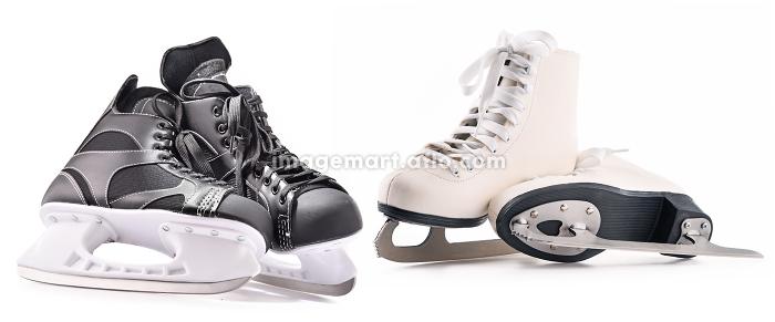 Ice hockey skates and figure skates isolated on whiteの販売画像