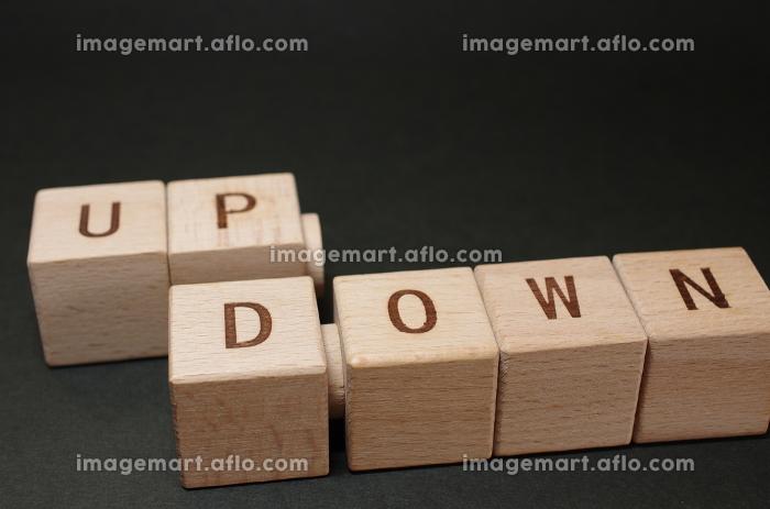 株価や投資(投機)、感情のイメージ素材の販売画像