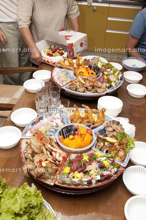 お祝のテーブル料理の販売画像