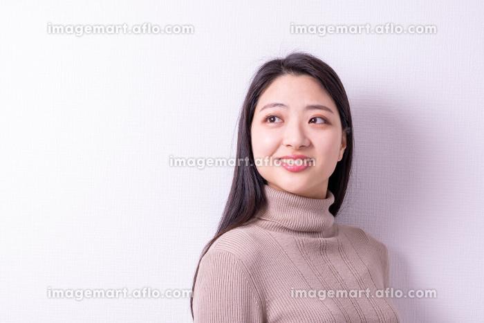 美しい女性の販売画像