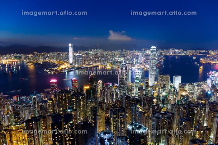 Hong Kong city at nightの販売画像