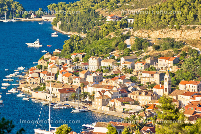 Town of Vis aerial viewの販売画像