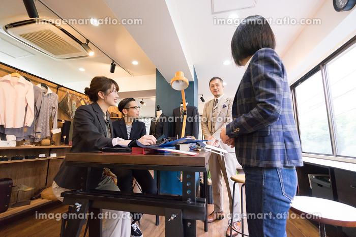 ファッションのデザイン事務所・オーダースーツの販売店の販売画像