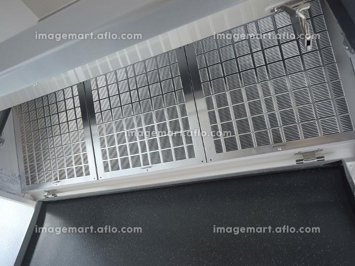 システムキッチンの換気扇のフィルターの販売画像