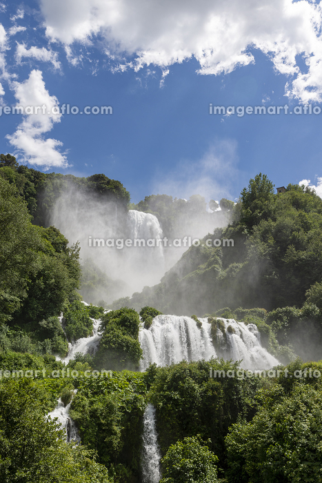 marmore waterfall the highest in europeの販売画像