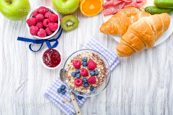 muesli with fruitの販売画像