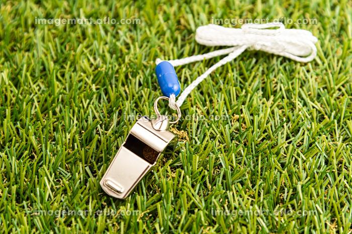 スポーツ用の笛の販売画像
