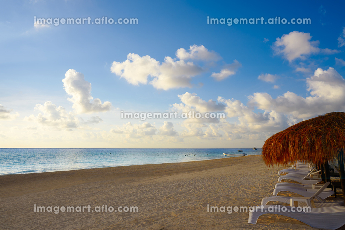Riviera Maya sunrise beach at Mayan Mexicoの販売画像