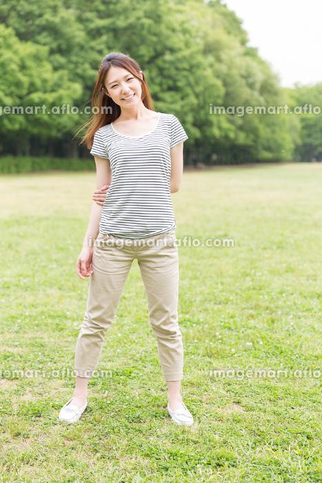 フィットネスイメージ 女性の販売画像