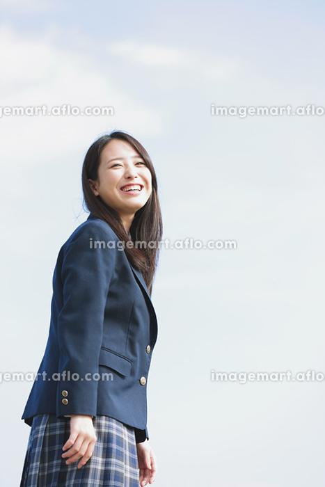 笑顔の女子高生の販売画像