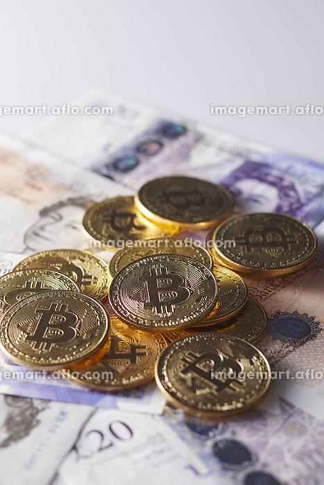 イギリス紙幣とビットコイン