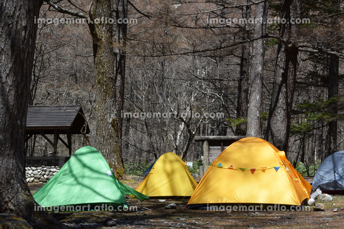 上高地のキャンプ場 テント トレッキング 野営 トレッキングの販売画像