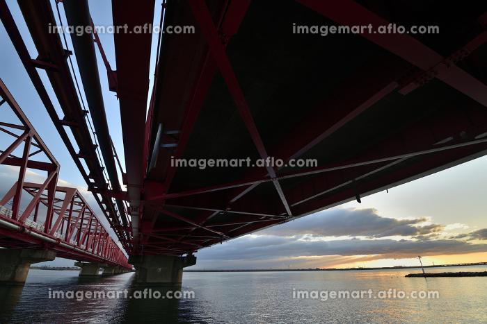 木曽川大橋からの日の出の販売画像