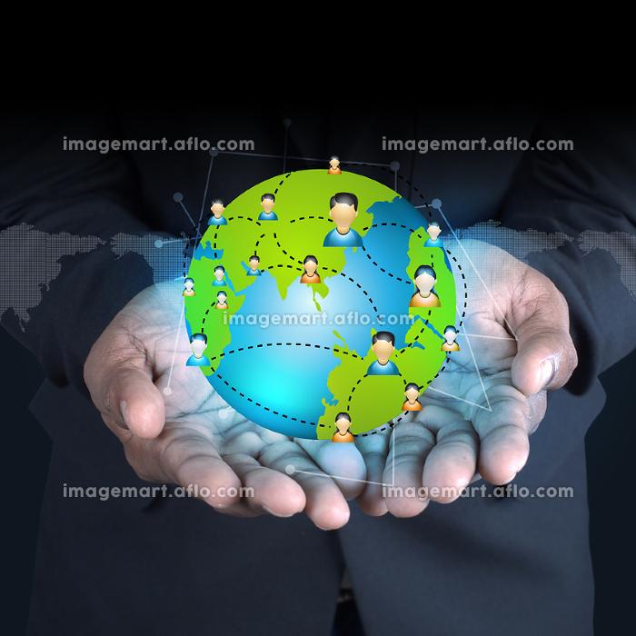 Man showing social network conceptの販売画像