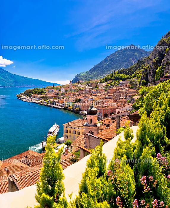Lago di Garda panoramic view in Limone sul Gardaの販売画像
