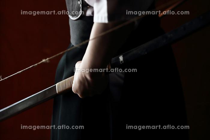 弓道選手の手の販売画像