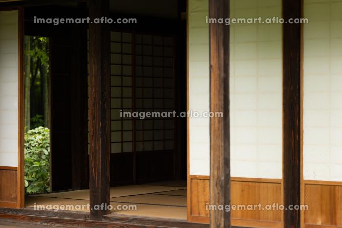 日本の古民家の縁側の販売画像
