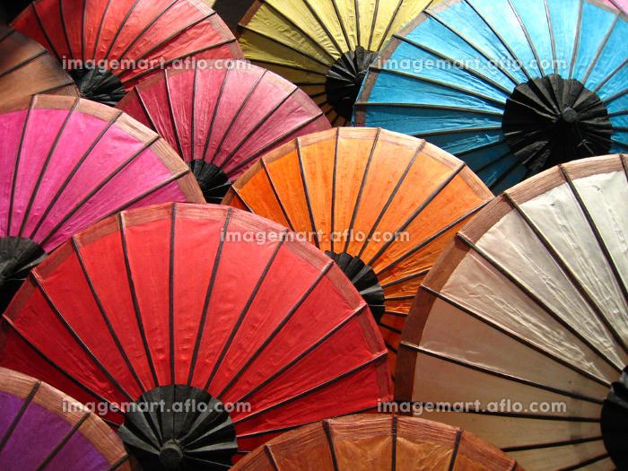 paper umbrellas made in laosの販売画像
