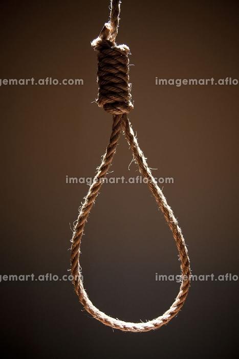 自殺 首吊り