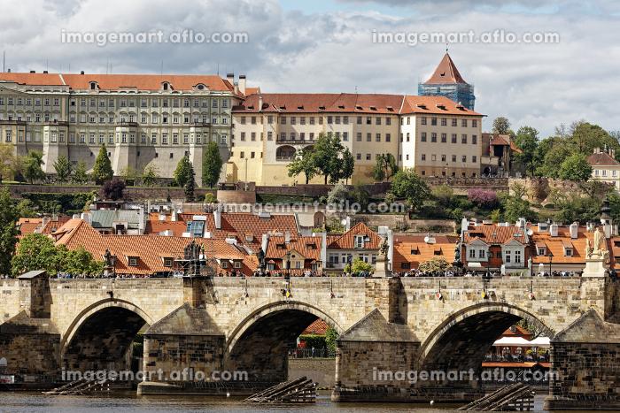 チェコ カレル橋 ブルタバ川の販売画像