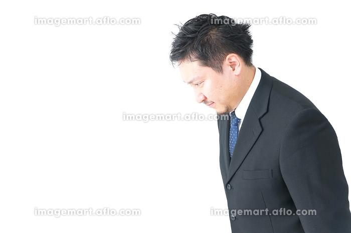 会社員の男性の販売画像