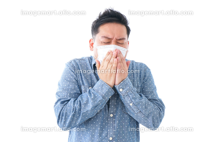 風邪をひいた男性の販売画像