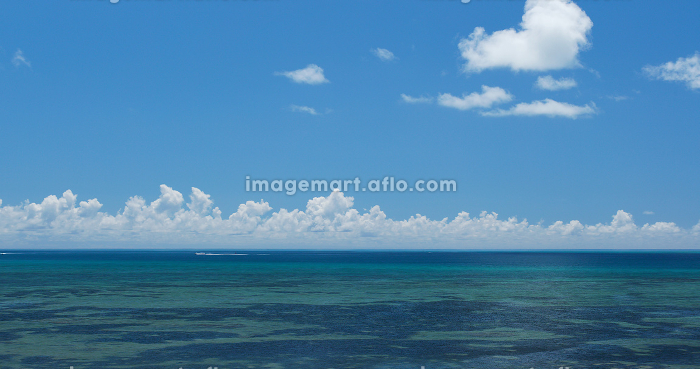 Beautiful seascape in ishigaki islandの販売画像