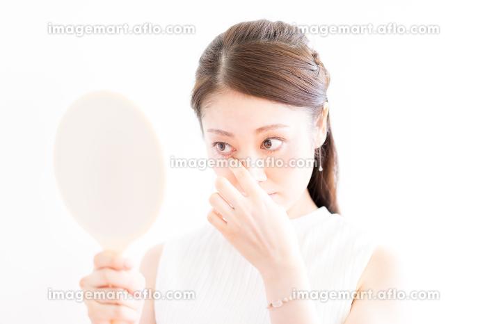 女性・目元のケア・コンタクト(日本人・アジア人)の販売画像