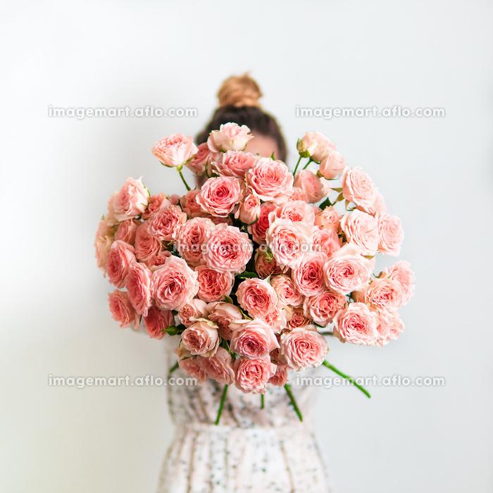 Pink bouquet, copy space
