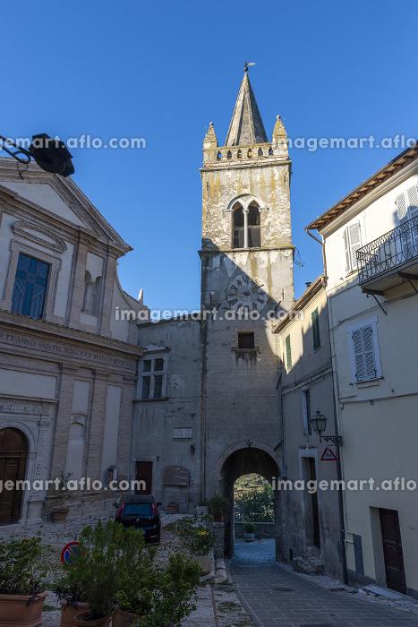 collegiate church of Santa Maria Maggiore in the town of Collescipoliの販売画像