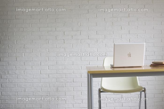 通信 座席 パソコンの販売画像