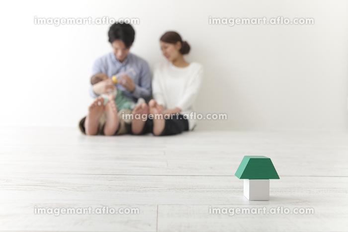積み木と家族の販売画像