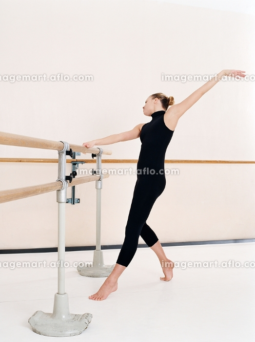 器械体操 踊る 体操の販売画像