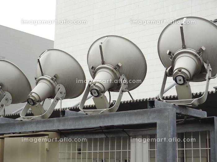 倉庫外部の照明器具の販売画像