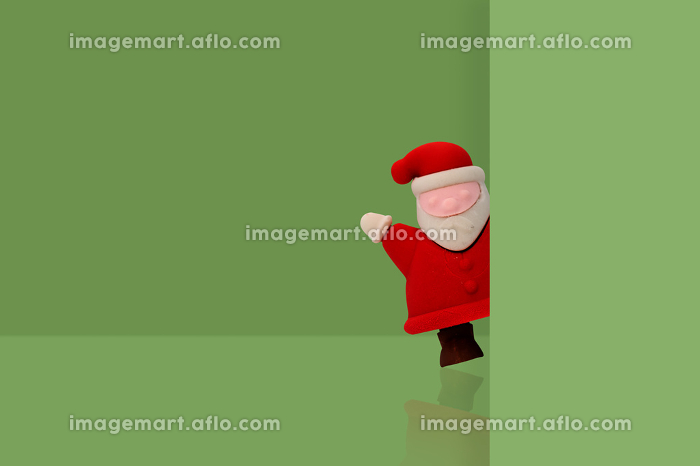 Santa claus on green background, Christmas holidays minimal concの販売画像