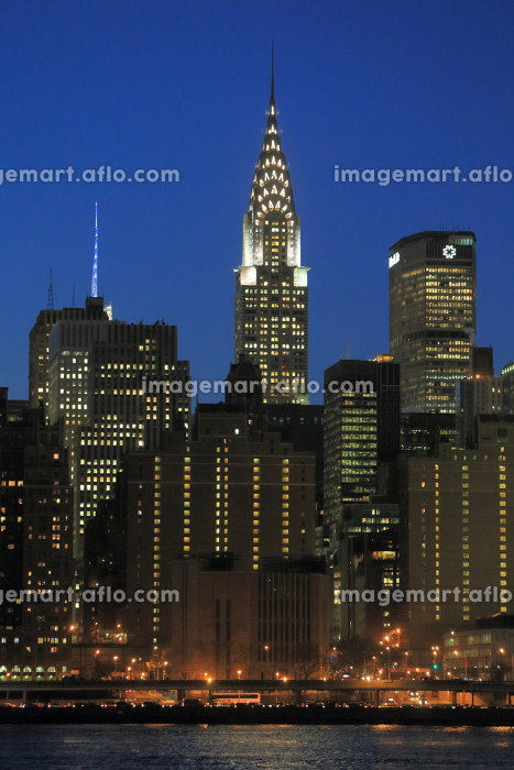 マンハッタン 夜景 スカイライン ハンターズポイント(ロングアイランドシティ)からの眺 ニューヨークの販売画像