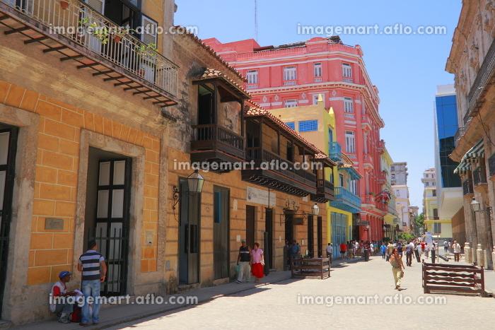 house facade in havanaの販売画像